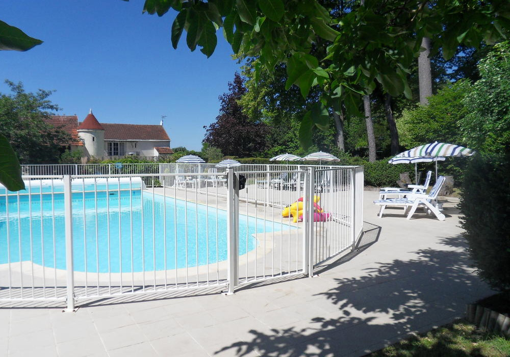 Swimming Pool at Les Vieilles Ombres - French Holiday Gite in France with private Swimming Pool