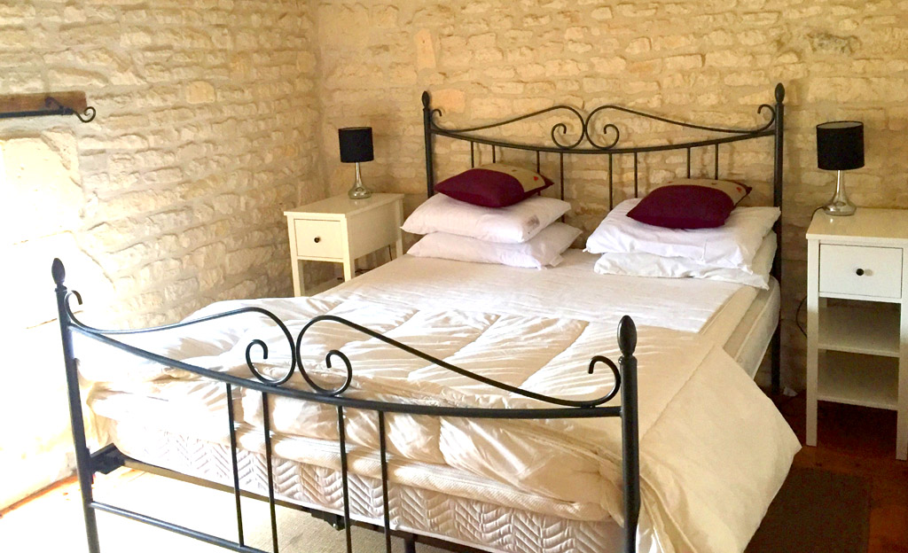 La Charente French Holiday Gite - Sleeps 4 / image shows main bedroom of La Charente