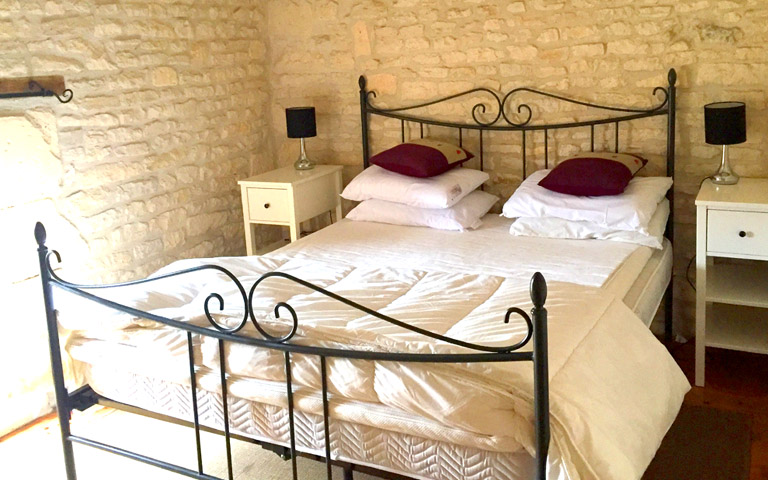 La Charente Holiday Gite Sleeps 4
