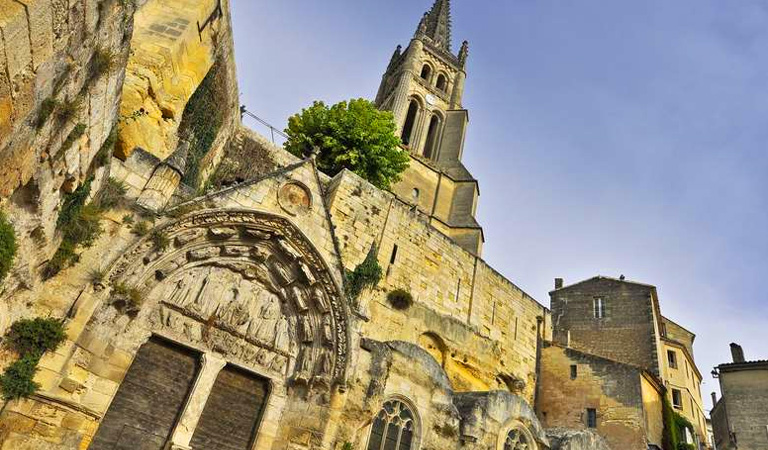 St Emilion - One of France's finest wine centres and one of the country's finest medieval villages.