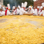 giant-omelette in France-celebrate-Easter
